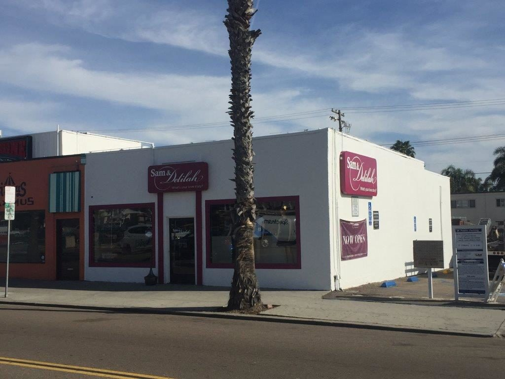 Romantix- San Diego (Garnet) (5)
